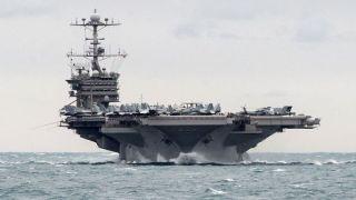 США направляют авианосец к Сирии